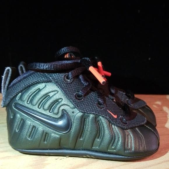 the latest 736b8 7f64e Baby NIKE FOAMPOSITE Sneaker